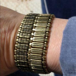 Premier Designs Cozy Comfy stretch bracelet
